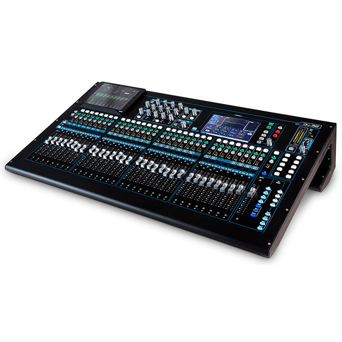Allen & Heath QU32 Angle.jpg